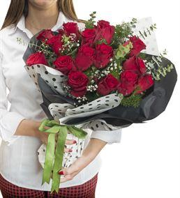 Bitanecik Aşkıma 15 Kırmızı Gül Buketi