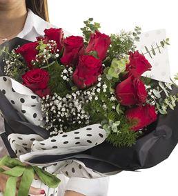 Seni Seviyorum 9 Kırmızı Gül Buketi