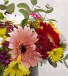 Bahar Bahçe Renkli Mevsim Çiçekleri Aranjmanı