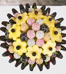 Çikolatalı Enfes Kutlama Meyve Buketi