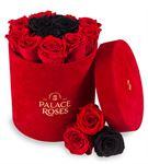 Kadife Kırmızı Kutuda Solmayan Güller