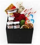Kutu İçerisinde Ekvator Kırmızı Güller,Ayıcık