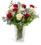 Teide Dekoratif Vazoda Kırmızı Beyaz Güller
