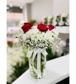 Beyaz Papatya Ve Güller