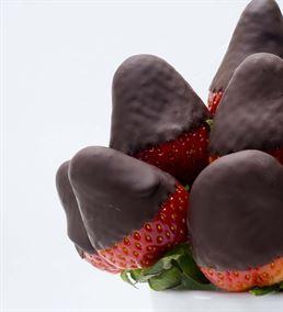 Çikolatalı Çilek Dünyası Meyve Buketi