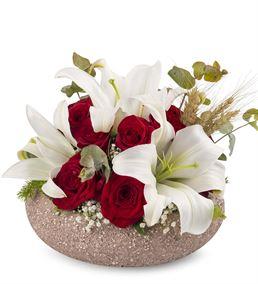 Dekoratif Saksıda Beyaz Lilyum ve Güller