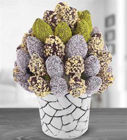 Dekoratif Vazoda Çikolata Soslu Çilek Buketi