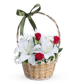 Kar Beyaz Lilyum Kırmızı Gül Çiçek Sepeti