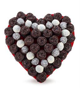 Kara Sevda Çikolatalı Kek Buketi Aranjmanı