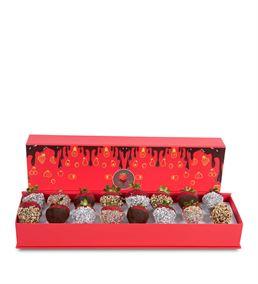 Kutuda Çikolatalı Çilek Buketi