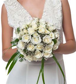 Mutlu Günler Beyaz Gül Gelin Buketi Çiçeği