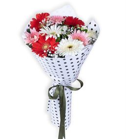 Baharın Habercisi Renkli Gerberalar Çiçek Buketi