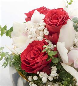 Sevgi Çemberi Orkide ve Güller