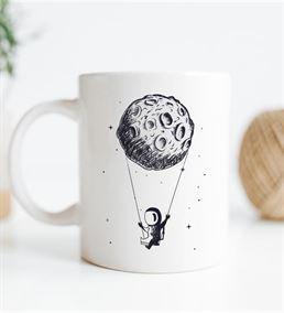 Uzay Tasarımlı Beyaz Kupa