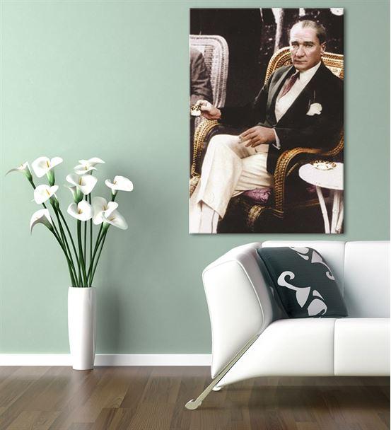 Atatürk Kahve Keyfinde Kanvas Tablo 60x90cm
