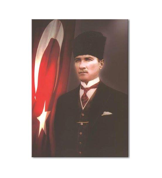 Atatürk Kalpaklı Bayraklı Kanvas Tablo 75X100cm