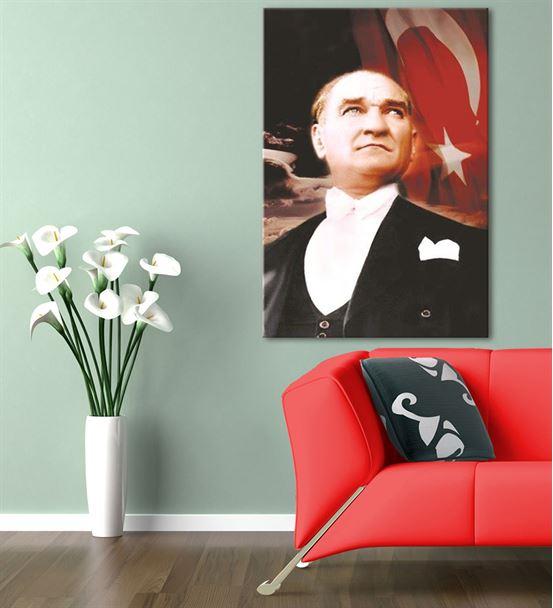 Atatürk Türk Bayraklı Kanvas Tablo 35x50cm