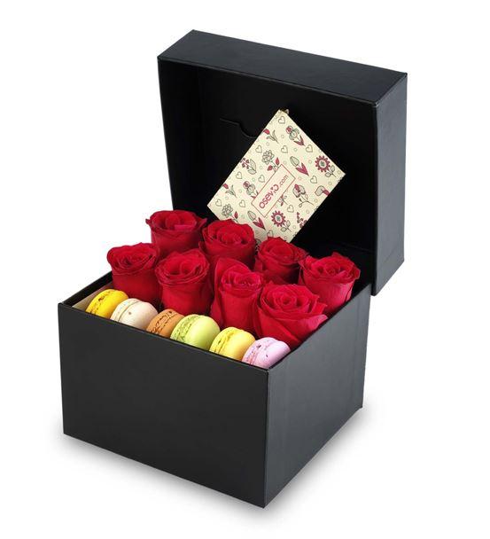 Ateş Kırmızısı Kutuda Makaronlu Güller
