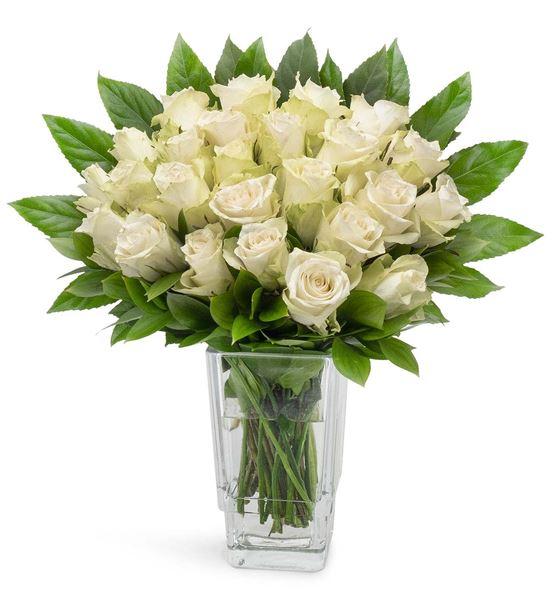 Balear Dekoratif Vazoda 25 Beyaz Güller