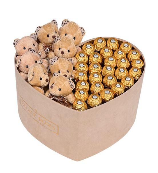 Bej Kadife Kalp Kutuda Çikolata ve Ayıcıklar
