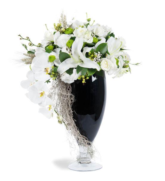 Borgo Verde White Flowers