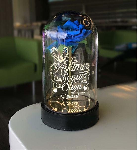 Cam Fanus Sevgiliye Özel Yazılı Lamba Mavi Gül