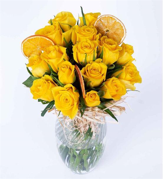 Carignan Serisi Sarı Gül Tutkusu Çiçek Aranjmanı