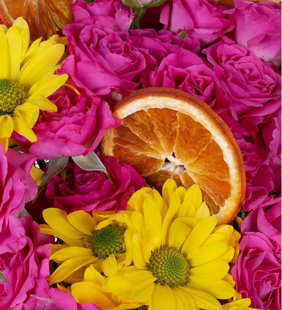 Carignan Serisi Sarı Papatyalı Pembe Çardak Güller