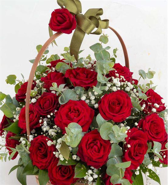 Çiçek Sepeti 29 Kırmızı Gül Aranjmanı