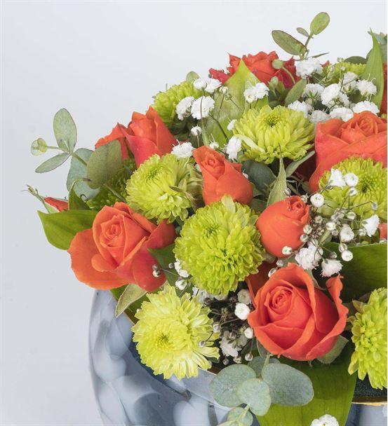 Dekoratif Vazoda Renkli Düşler