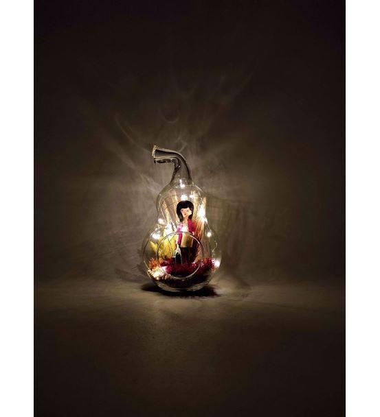 Dünya Kadınlar Günü Işıklı Çantalı Kız-Ebama0053