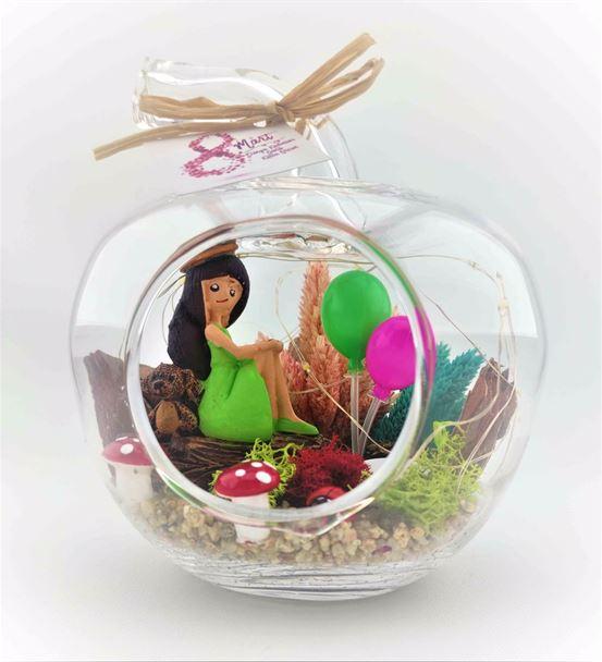 Dünya Kadınlar Günüışıklı Balonlu Kız-Ebame0045