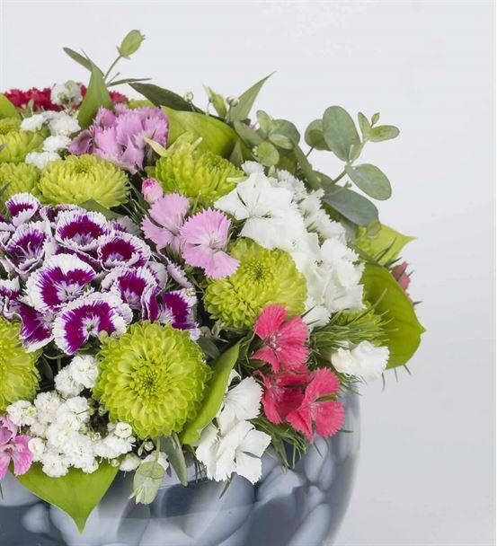 Gökkuşağı Renkleri Çiçek Aranjmanı