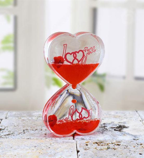Kalp Tasarımlı Sıvı Kum Saati