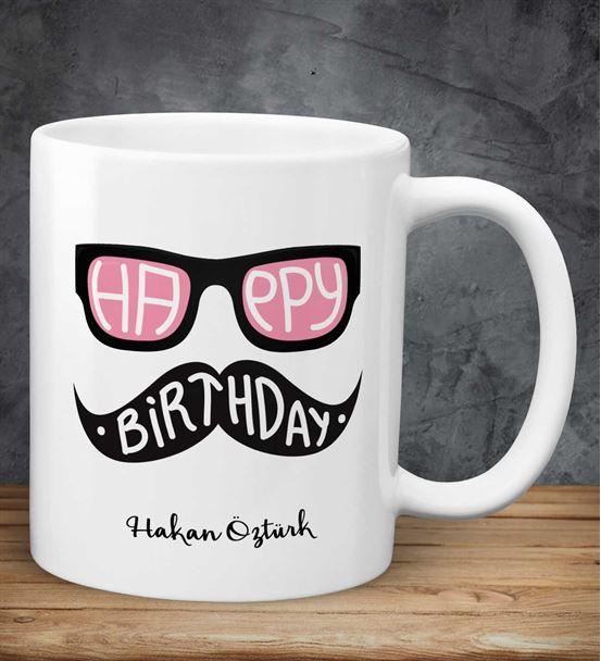 Kişiye Özel Gözlüklü Doğum Günü Kupası