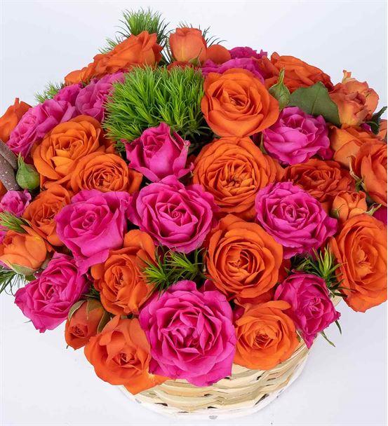 Martha Serisi Lovely Rengarenk Güller Çiçek Sepeti