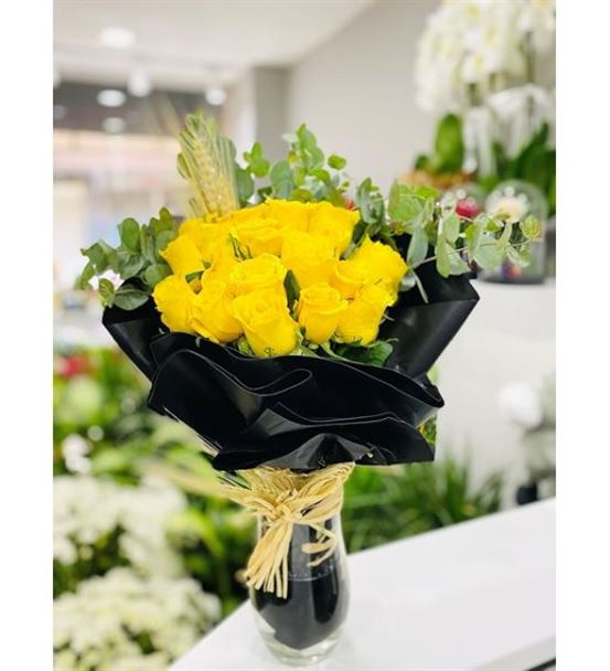 Yellow Black Design