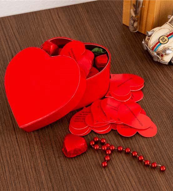 Kalp Kutulu 365 Güne Özel Mesaj Kartları