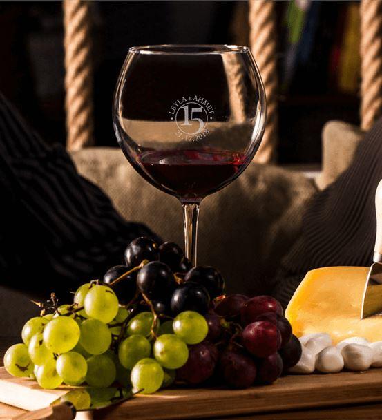 Yıl Dönümü Hediyesi Piedmont Şarap Kadeh Seti